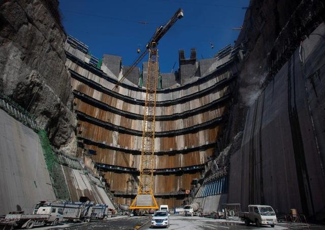 Tập đoàn vận hành đập Tam Hiệp bán 4 tỷ USD cổ phần để trả bớt số nợ khủng - 2
