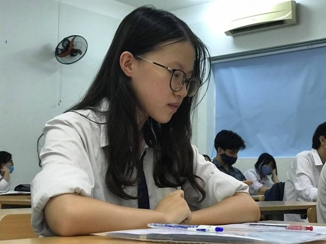 Bộ trưởng Phùng Xuân Nhạ: Giữ ổn định kỳ thi tốt nghiệp THPT năm 2021  - 3