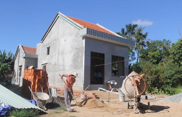 Phú Yên: Huy động nhiều nguồn lực để xây, sửa chữa nhà ở cho người có công - 1