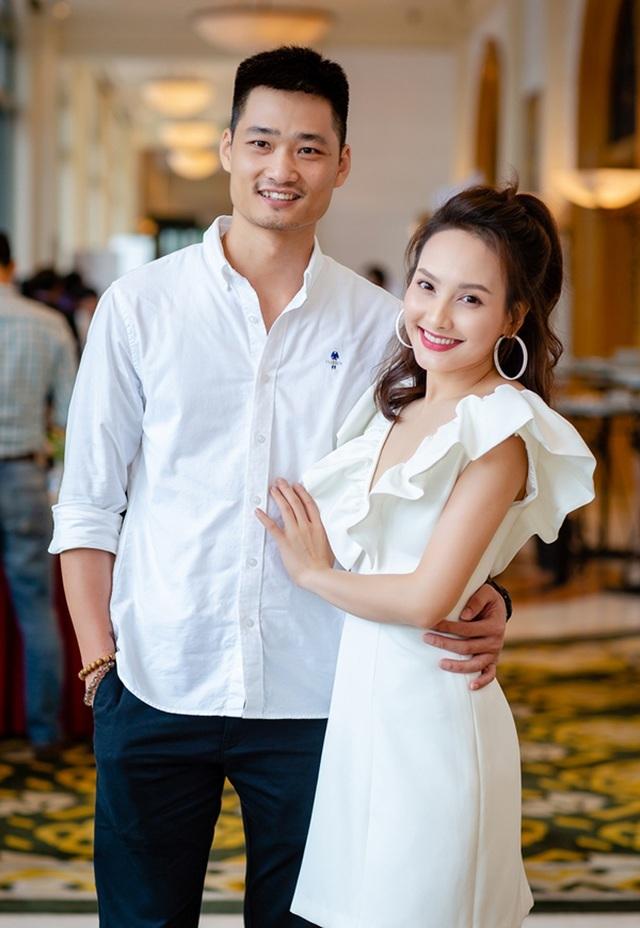Hé mở bí mật đời tư của các chân dài Việt - 5