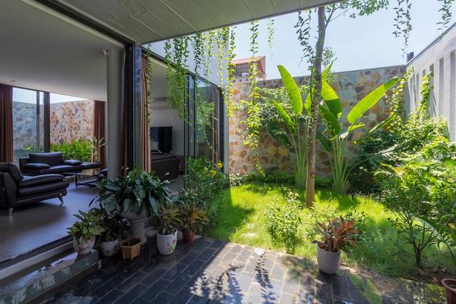 Mãn nhãn với ngôi nhà đẹp như ốc đảo xanh ở Ninh Bình - 3