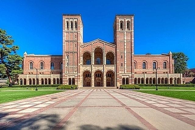 """Đại học California tiếp nhận """"không công bằng"""" 64 sinh viên trong 6 năm - 1"""