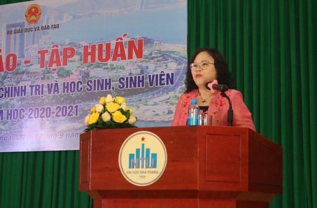 Tân Thứ trưởng Bộ GD dự hội nghị giáo dục chính trị và học sinh, sinh viên - 1