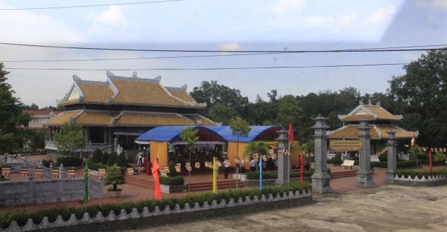 Lễ tri ân các anh hùng, liệt sĩ tại Đền tưởng niệm Trường Sơn- Bến Tắt - 1