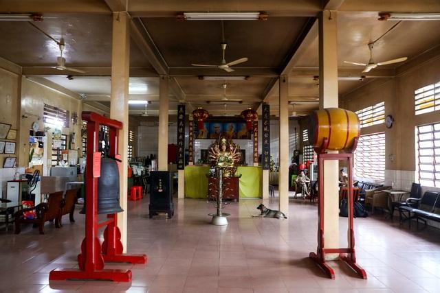 Khám phá ngôi chùa tồn tại nửa thế kỷ trong chung cư giữa Sài Gòn - 7