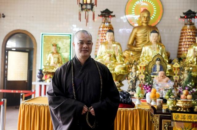Khám phá ngôi chùa tồn tại nửa thế kỷ trong chung cư giữa Sài Gòn - 9