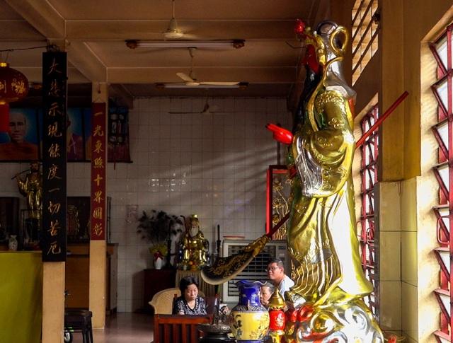 Khám phá ngôi chùa tồn tại nửa thế kỷ trong chung cư giữa Sài Gòn - 11