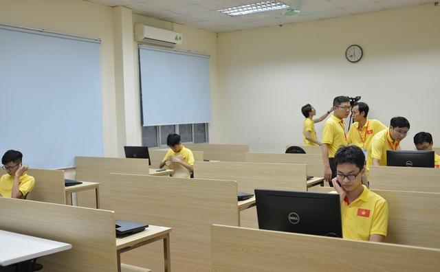 Việt Nam giành Huy chương Vàng Olympic Tin học Quốc tế 2020 - 2