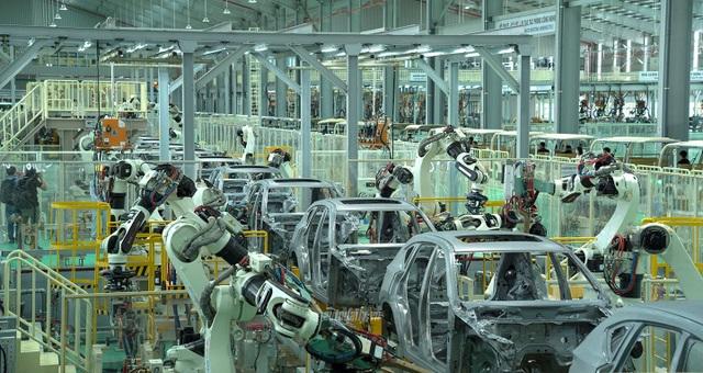 Đề xuất giảm thuế mới, ô tô sẽ tiếp tục giảm giá - 1