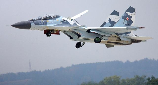 Hiện trường máy bay Su-30 của Nga trị giá 50 triệu USD bị đồng đội bắn rơi - 1