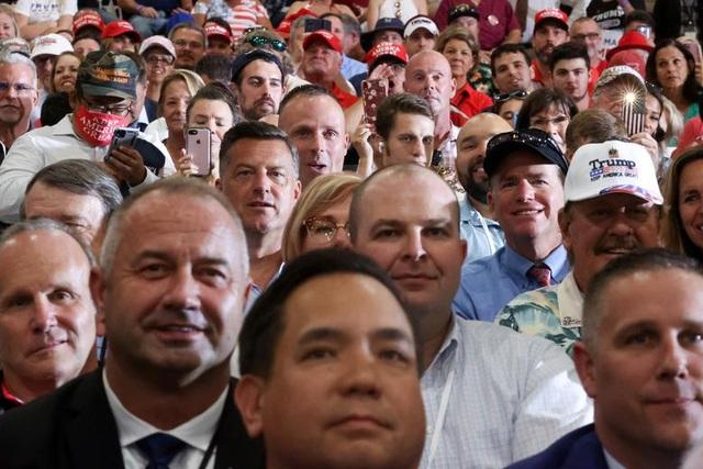 """Những """"chiến binh đỏ"""" ủng hộ Tổng thống Trump tái tranh cử - 3"""