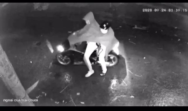 Điều tra nghi án nhà dân bị 2 đối tượng nổ súng lúc rạng sáng - 1