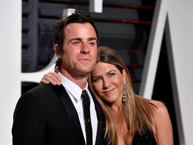 Nhìn lại cuộc tình Brad Pitt - Jennifer Aniston sau 15 năm chia xa - 5