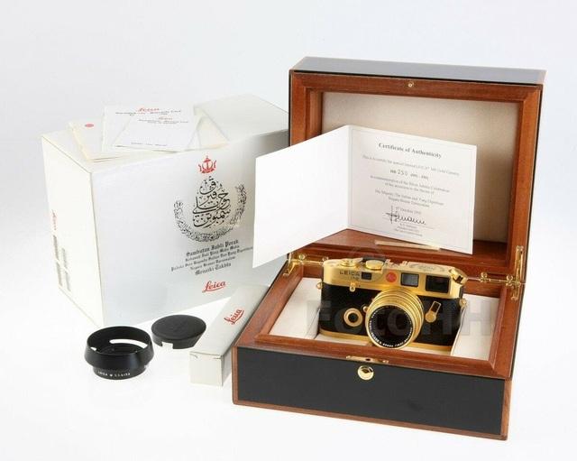 Máy ảnh Leica M6 mạ vàng có giá quy đổi gần 700 triệu đồng - 5