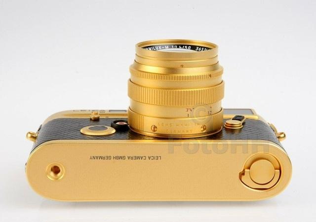 Máy ảnh Leica M6 mạ vàng có giá quy đổi gần 700 triệu đồng - 4