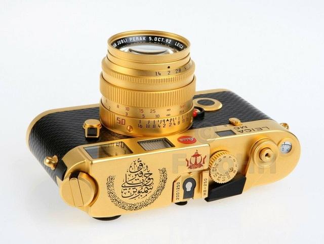 Máy ảnh Leica M6 mạ vàng có giá quy đổi gần 700 triệu đồng - 3