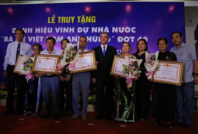 TPHCM: Truy tặng 41 danh hiệu Bà mẹ Việt Nam anh hùng - 8