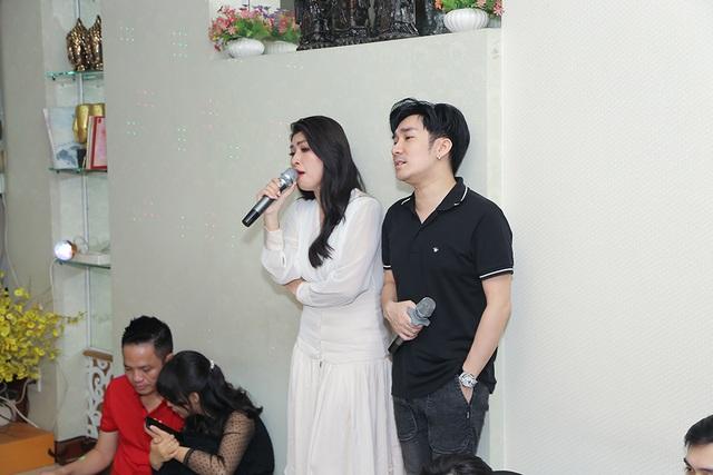 Quang Hà, Nguyễn Hồng Nhung cúng Tổ sân khấu sớm - 3
