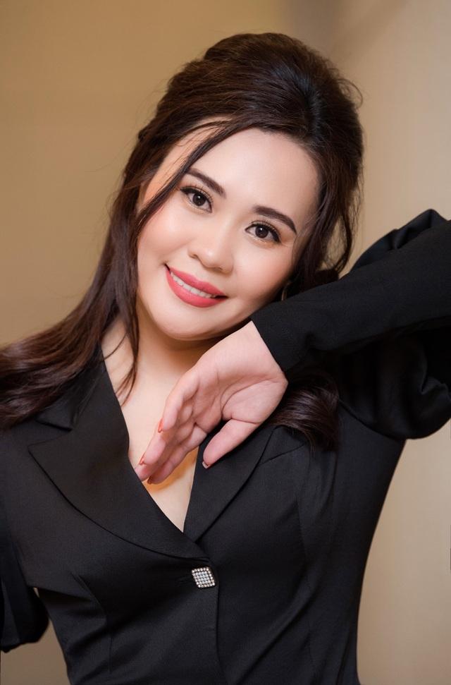 """Diễn viên Kim Oanh không ngại vào vai con dâu """"hỗn láo"""" trong """"Lửa ấm"""" - 7"""