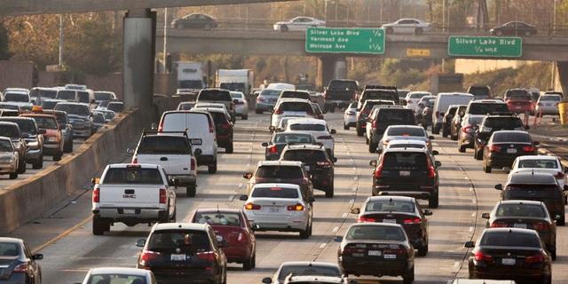 Ngày càng nhiều nước chốt phương án cấm xe chạy bằng xăng, dầu - 1
