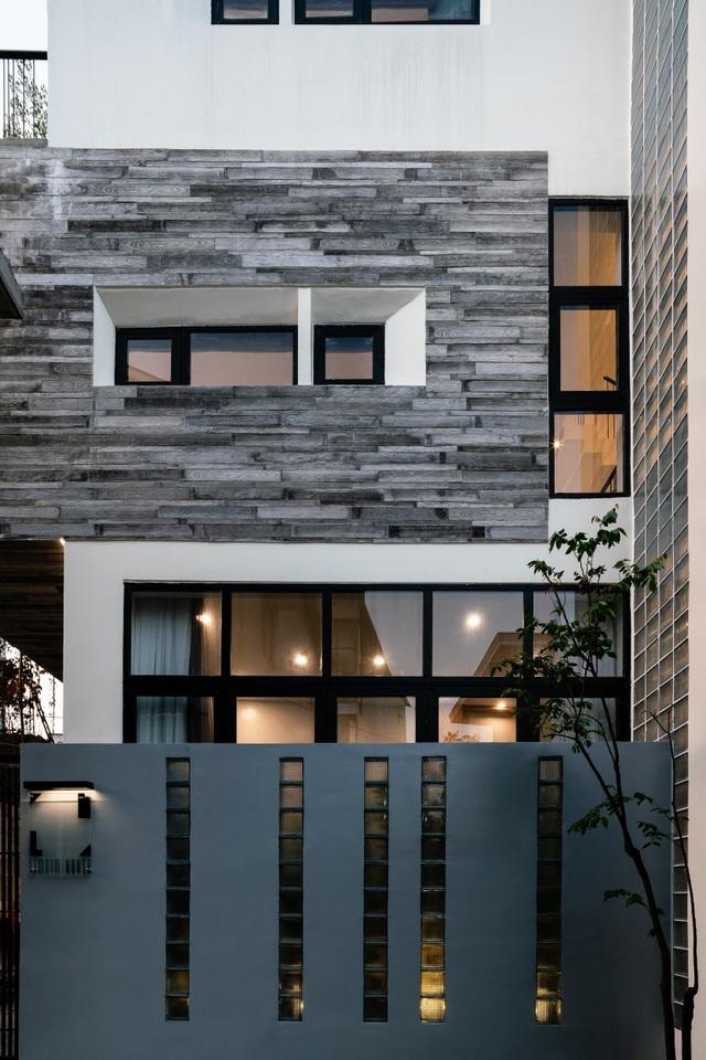 Ngôi nhà ở Sài Gòn xây trên đất méo gây ấn tượng vì thiết kế đẹp không ngờ - 5