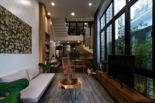 Ngôi nhà ở Sài Gòn xây trên đất méo gây ấn tượng vì thiết kế đẹp không ngờ - 8