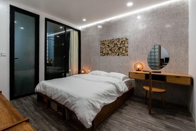 Ngôi nhà ở Sài Gòn xây trên đất méo gây ấn tượng vì thiết kế đẹp không ngờ - 10