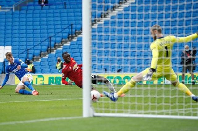 Brighton 2-3 Man Utd: Chiến thắng kịch tính - 4