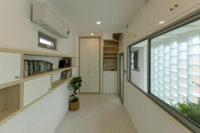 Bố mẹ Việt xây ngôi nhà với thiết kế lạ mắt tặng hai người con - 9