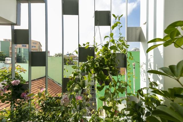 Bố mẹ Việt xây ngôi nhà với thiết kế lạ mắt tặng hai người con - 11