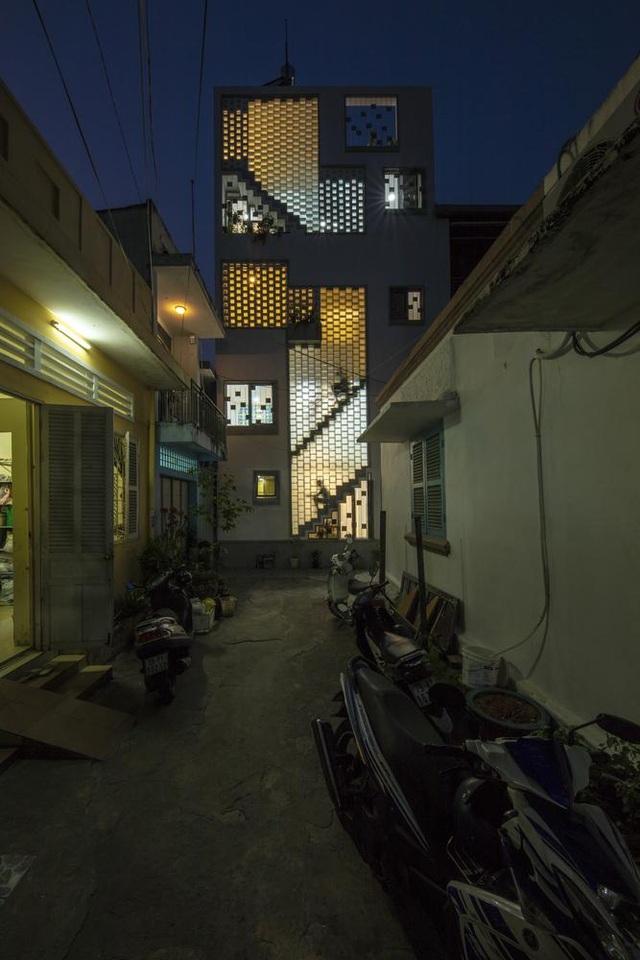 Bố mẹ Việt xây ngôi nhà với thiết kế lạ mắt tặng hai người con - 12