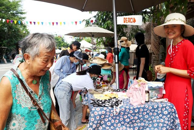 Hội An khai trương chợ phiên làng chài, tái khởi động du lịch hậu Covid-19 - 3