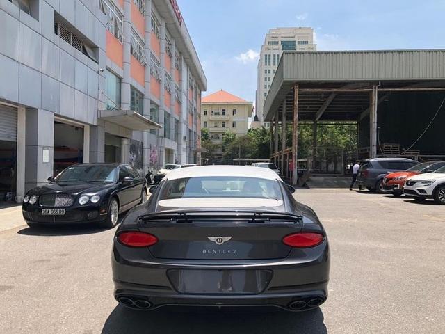 Nhà giàu Việt đổ xô mua siêu xe, xế xịn bất chấp đại dịch Covid-19 - 2