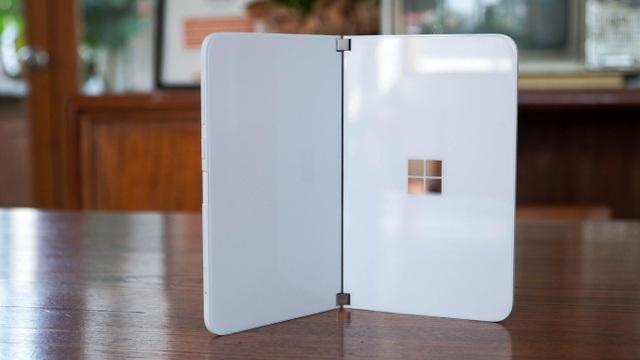 Smartphone hai màn hình của Microsoft về Việt Nam, giá từ 42 triệu đồng - 8