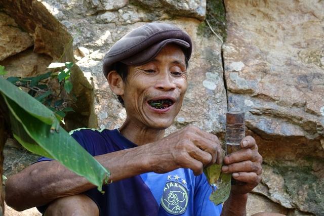 """""""Người rừng"""" Hồ Văn Lang từng 40 năm trong rừng sâu bây giờ sống thế nào? - 5"""