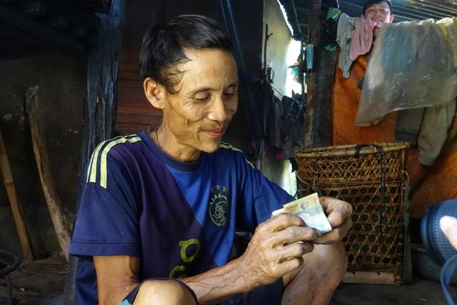 """""""Người rừng"""" Hồ Văn Lang từng 40 năm trong rừng sâu bây giờ sống thế nào? - 8"""