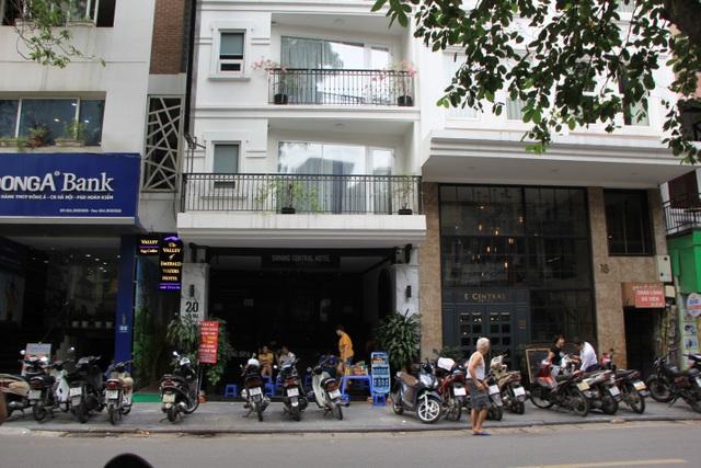 """Vắng khách quốc tế, gia sản trăm tỷ trên phố cổ Hà Nội """"đóng cửa, phủ bụi"""" - 10"""