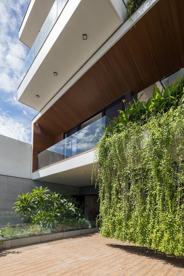Chiêm ngưỡng ngôi nhà tuyệt đẹp, ôm cả thiên nhiên vào lòng ở Đà Nẵng - 10