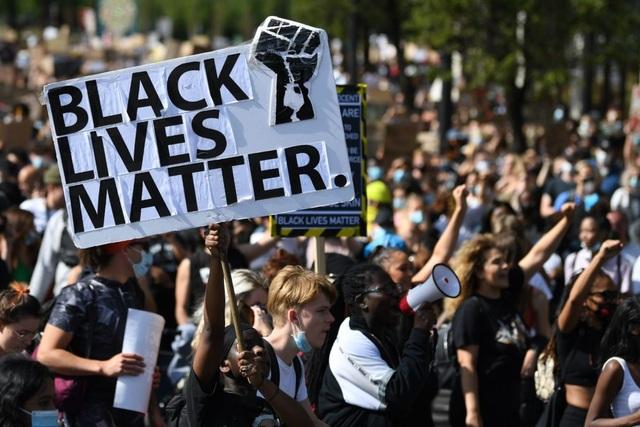 Nước Mỹ thiệt hại hơn 16.000 tỷ USD vì phân biệt chủng tộc - 2