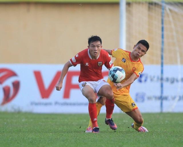 Thắng CLB Thanh Hoá, HL Hà Tĩnh sáng cửa đua… vô địch - 4