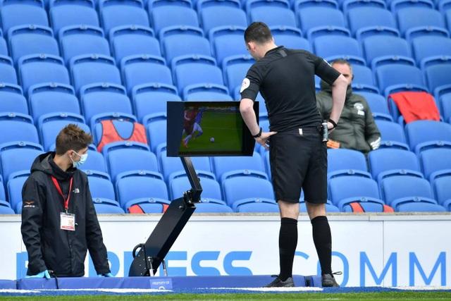 Bàn thắng ở phút 100 giúp Man Utd thắng Brighton - 10