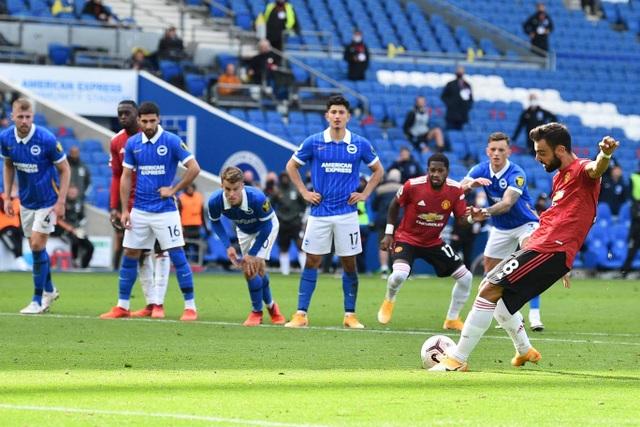 Bàn thắng ở phút 100 giúp Man Utd thắng Brighton - 16