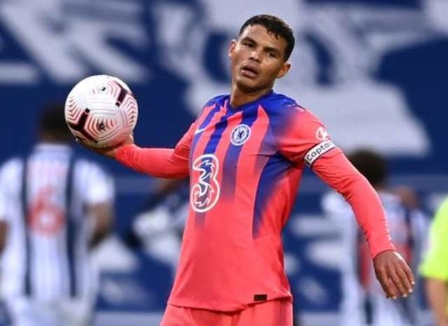 Thiago Silva mắc sai lầm chết người, hàng thủ Chelsea tệ chưa từng thấy - 1