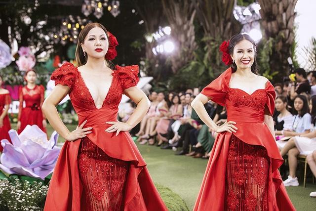 Cẩm Ly và Minh Tuyết gây bất ngờ khi trình diễn thời trang cùng hai con gái - 4