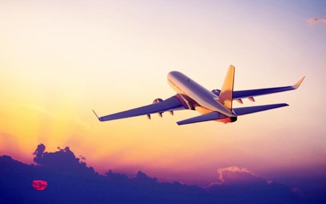 Huế đề nghị Thủ tướng cấp phép kinh doanh cho hãng bay thuê chuyến đầu tiên - 1