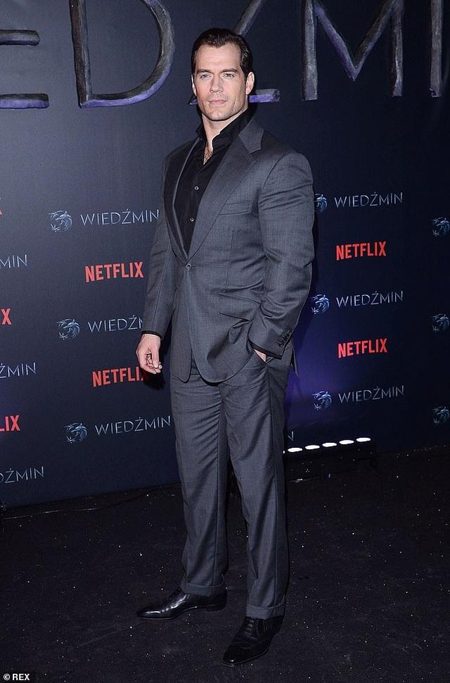 """""""Siêu nhân"""" Henry Cavill sẽ không bỏ lỡ cơ hội sắm vai Điệp viên 007 - 1"""