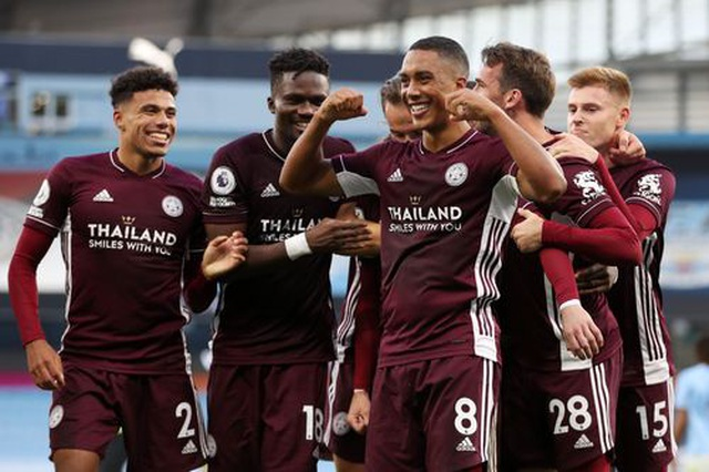 Nhìn lại thất bại đắng ngắt của Man City trước Leicester - 19
