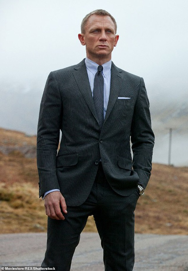 """""""Siêu nhân"""" Henry Cavill sẽ không bỏ lỡ cơ hội sắm vai Điệp viên 007 - 2"""