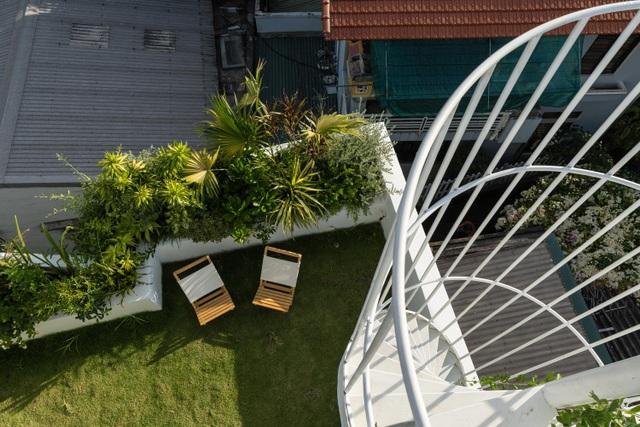 Ngôi nhà có khu vườn treo độc đáo khiến gia chủ ở nhà cả ngày không chán - 4