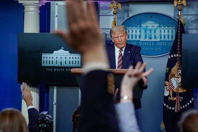 Bị tố không nộp thuế thu nhập của 10/15 năm, Tổng thống Trump phủ nhận - 1